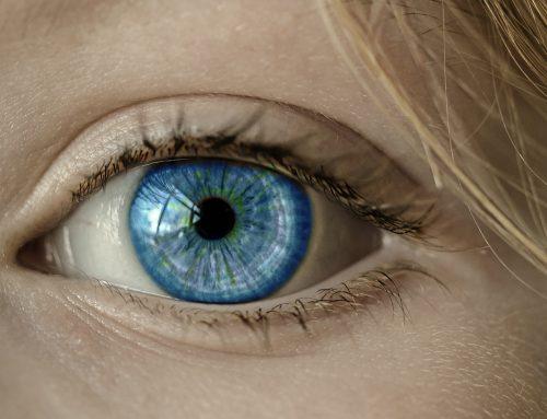 Spirituele betekenis trillend ooglid